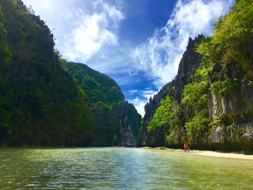 effects of tourism in palawan Tourism stakeholders' perspectives the case of palawan, the philippines field research  4 large tourism companies in palawan 5 complexity in tourism and stakeholders' perspectives  the effects of globalization are applauded by some and criticized.